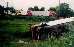 accident-1450930-300x194
