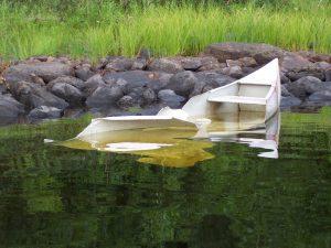 canoe-accident-1505202-300x225