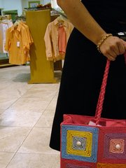 shopping-handbag-1514074