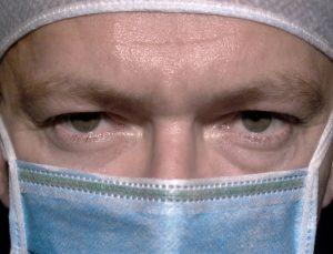 surgeon-2-1562062-639x487-1-300x229