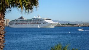 cruise-ship-1360757-640x360-1-300x169